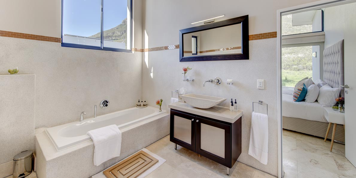 Twin Mountain View Suite ensuite